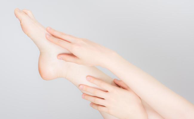 足の甲・指先
